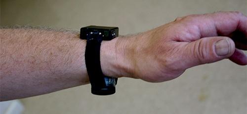 Wrist transdermal alcohol sensor